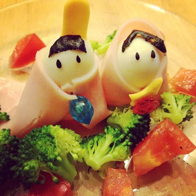 タマゴとハムのお雛様、トマト&ブロッ...